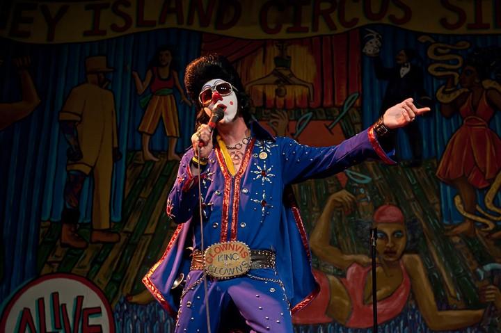 Clownvis Presley comedian